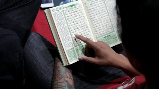 Punk Muslim Rambut Mohawk Bertato Dan Tetap Menyanjung Nabi