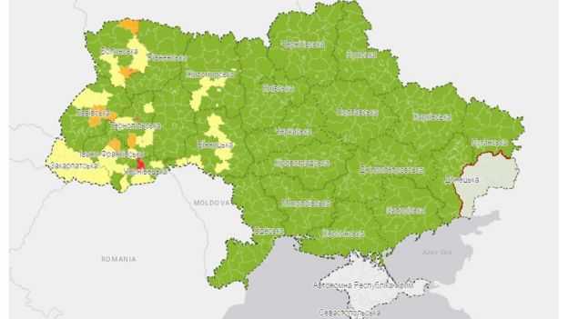 Україну поділять на зони через коронавірус. Що вони означатимуть