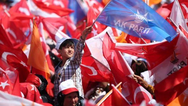 Şanlıurfa'daki AKP mitingine katılanlar