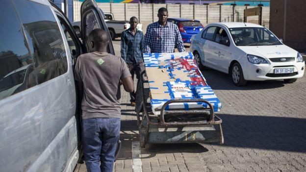 Zimbabwe S Scaled Back Christmas Celebrations Bbc News