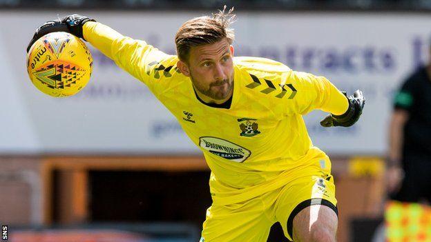 Kilmarnock sign former Aberdeen goalkeeper Danny Rogers - BBC Sport