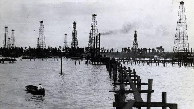 Torres petroleiras em Maracaibo