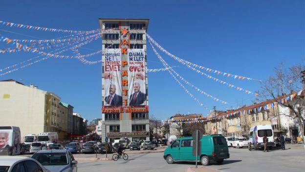 AKP Kayseri il binası