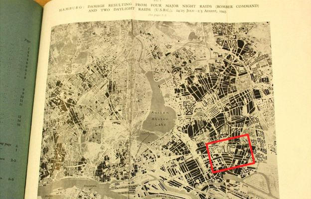 Annotated Hamburg bomb damage map