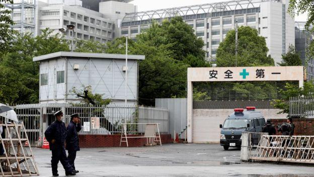 麻原彰晃等六名日本奥姆真理教成员在东京拘留所被处决。