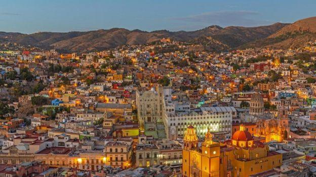 تا سال ۲۰۵۰ میلادی، انتظار می رود مکزیک به هفتمین اقتصاد برتر دنیا تبدیل شود