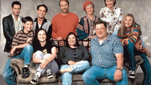 Roseanne Barr, dizide John Goodman ile başrolleri paylaşıyordu.