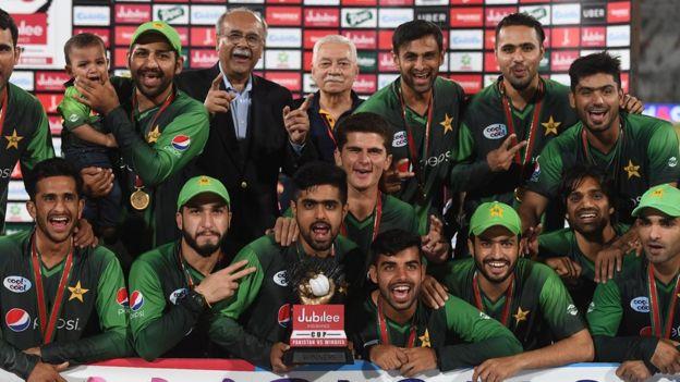 ক্রিকেট, লাহোর, পাকিস্তান, বাংলাদেশ