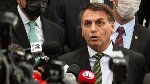 El presidente de Brasil, Jair Bolsonaro, es el foco de las críticas de muchos gobiernos de la región.