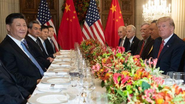 Xi Jinping y Donald Trump compartiendo una cena, diciembre de 2018.