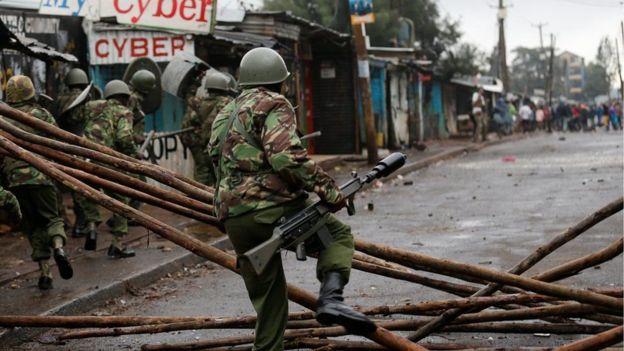 Booliiska oo isku dayaya in kala eryaan taageerayaasha Raila ee ku sugan xaafadda isku raranta ah ee Kibera