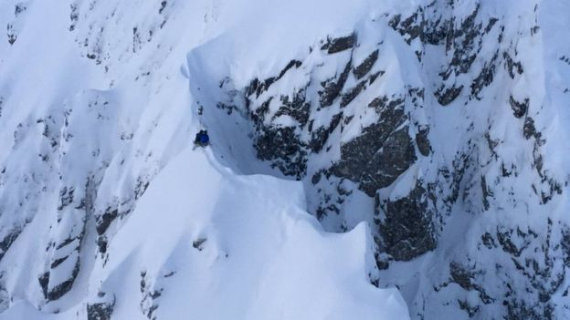 Climbers Rescued From Snow-Covered Ridge