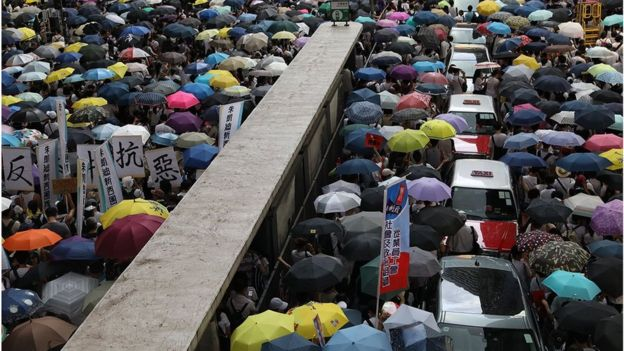 ஹாங்காங்: சீனாவுக்கு எதிராக மீண்டும் மக்கள் திரள் போராட்டம்