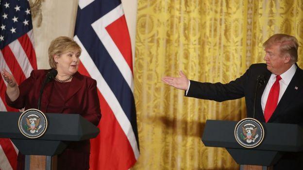 La primera ministra noruega Erna Solberg y el presidente de EE.UU. Donald Trump