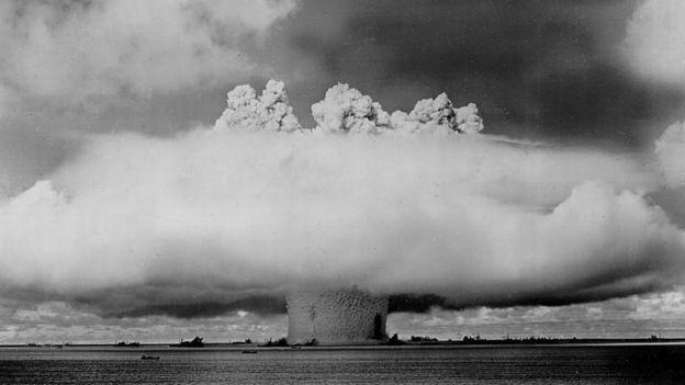 Una bomba nuclear siendo probada