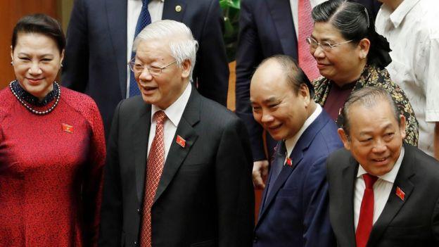 Các lãnh đạo Việt Nam họp Quốc hội ngày 20/5