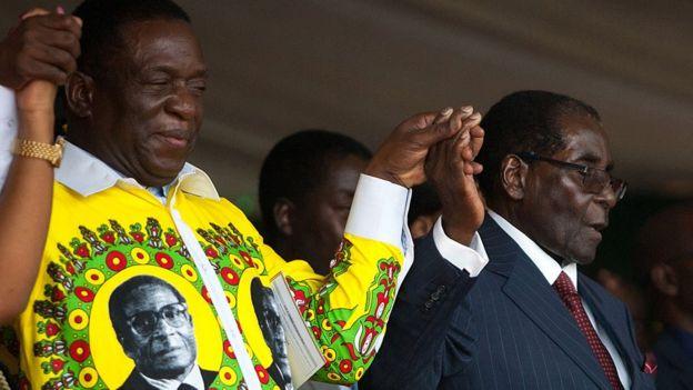 Robert Mugabe na Emmerson Mnangagwa during celebrations marking his birthday at the Great Zimbabwe monument in Masvingo on 27 February 2016