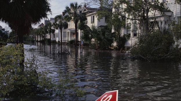 Ruas inundadas de Charleston