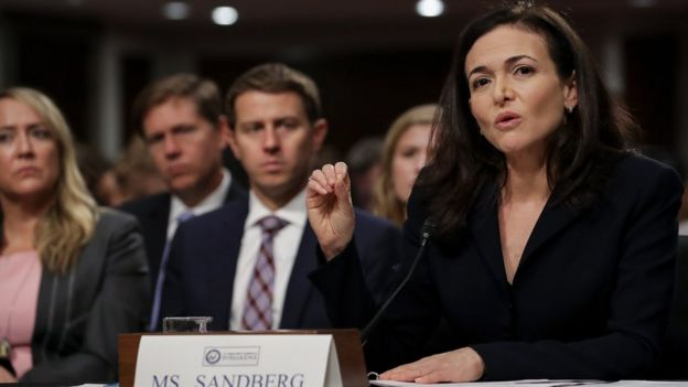 COO Facebook Sheryl Sandberg tại phiên điều trần trước Thượng viện Hoa Kỳ hôm 5/9/2018