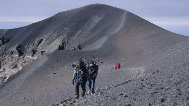Expedicionários no vulcão Misti
