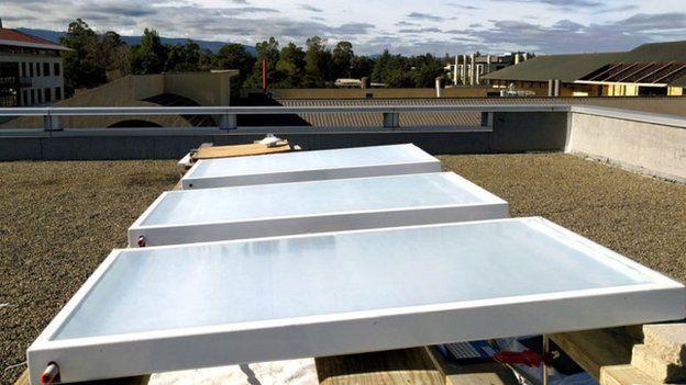 Invento da Skycool Systems em teste num telhado
