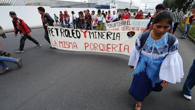 Protestas contra actividades mineras y petrolíferas en Ecuador