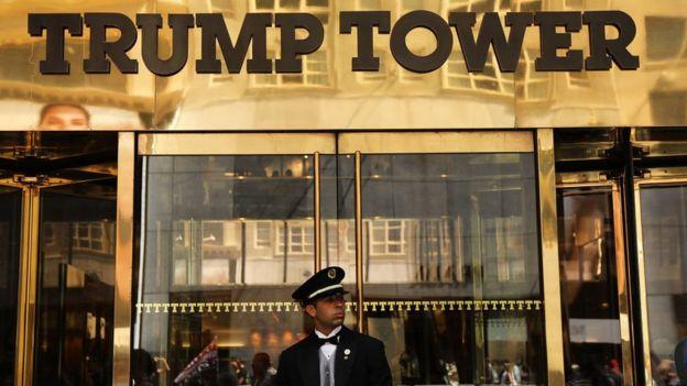 El presidente de Ucrania le dijo a Trump durante la conversación que recientemente se había alojado en la Torre Trump de Nueva York.