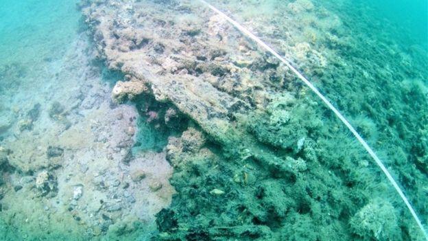 La plataforma fue hallada a 11 metros bajo el nivel del mar. Foto: Maritime Archaeology Trust