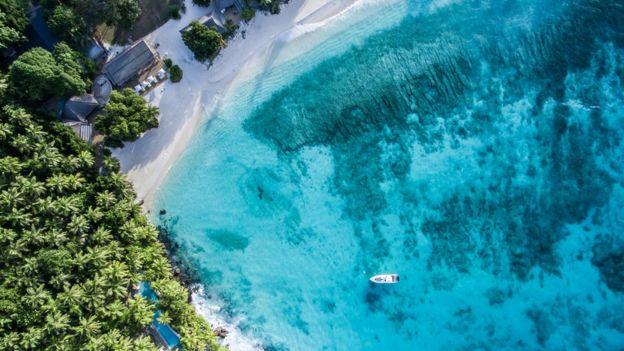 Vista aérea de la Isla Norte en las Seychelles