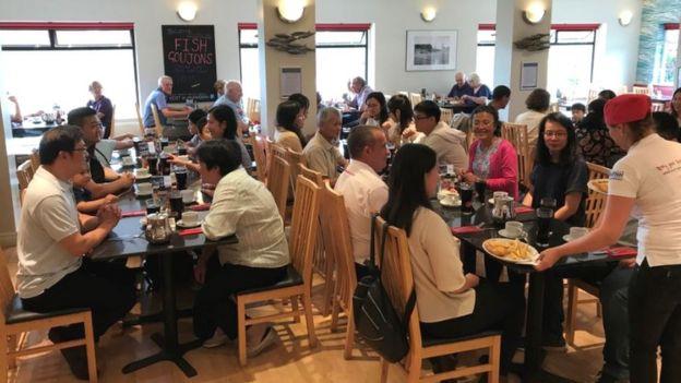 餐廳內的中國遊客