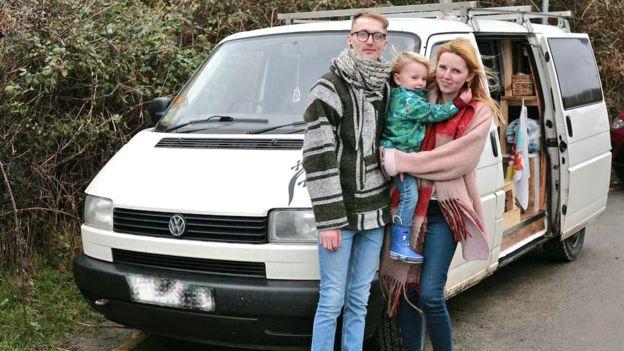7087639292 Young people living in vans