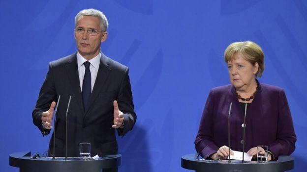 NATO Genel Sekreteri Jens Stoltenberg ve Almanya Başbakanı Angela Merkel Berlin Duvarı'nın yıkılışının 30. yıl dönümü vesilesi ile buluştu