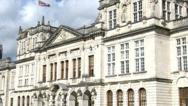Prifysgol Caerdydd