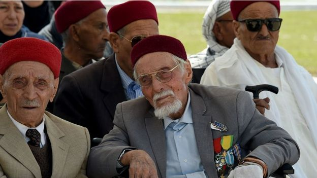 Veteranos tunecinos en una ceremonia en 2016