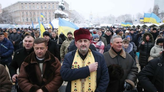 Reuters Українська влада розраховує, що створення нової церкви допоможе об'єднанню православних християн в Україні