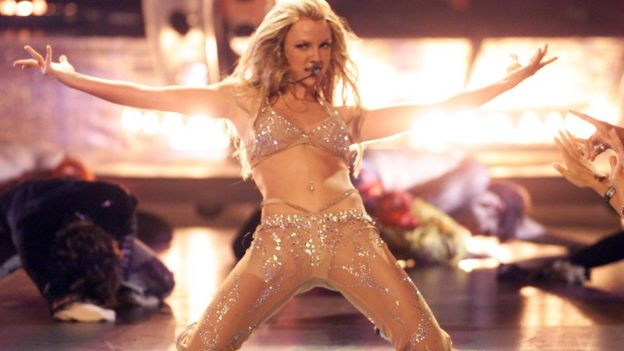 Britney Spears in her 2000 MTV VMAs performance