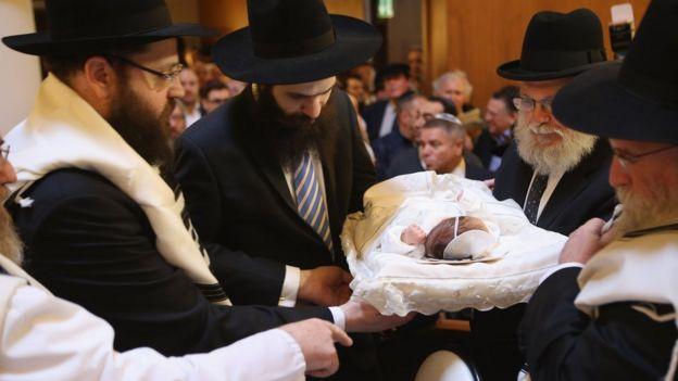 Islandia quiere ser el primer país europeo en prohibir la circuncisión ¿sabes por qué?