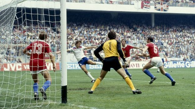 Trevor Francis scores against Czechoslovakia in the 1982 World Cup