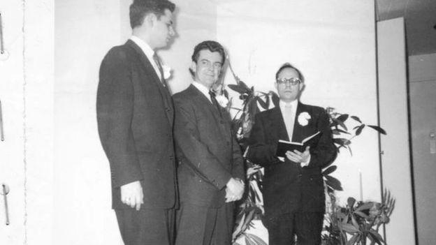 同性婚姻:寻找美国1957年私秘婚礼影像的主角