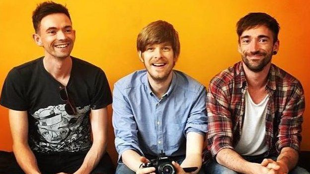 Three band members of Ttng