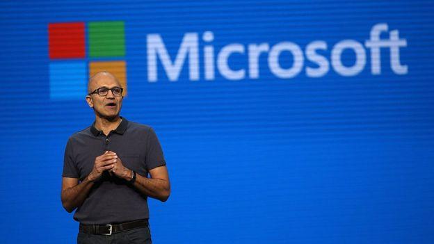 El director de Microsoft, Satya Nadella.