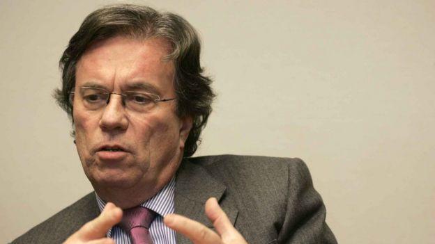 Claude Evin, autor de rigorosa lei regulamentando dade de álcool na França