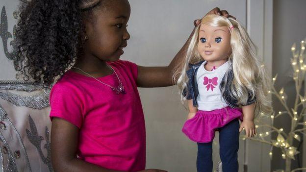 la muñeca Cayla