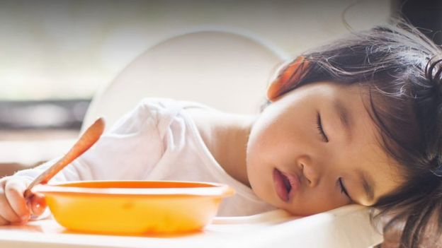 چه بخوریم که خوب بخوابیم؟ شارلوت استرلینگ رید، بیبیسی