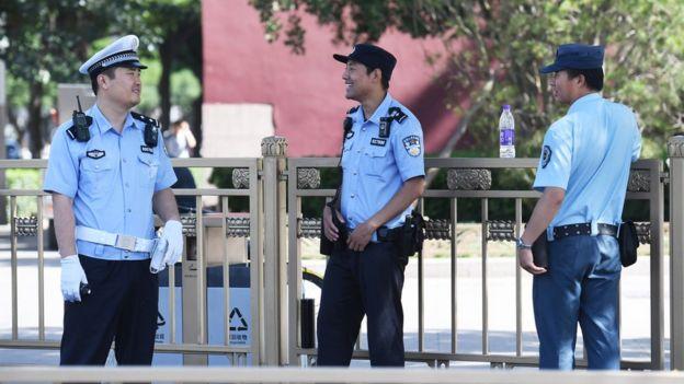 今年6月4日天安門廣場上的警察