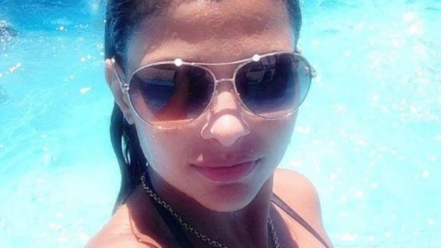 Danúbia Rangel posa para foto
