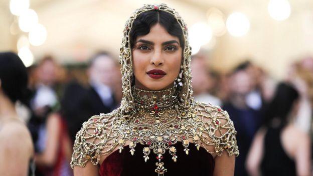 Priyanka Chopra menghadiri Met Gala di London beberapa waktu lalu.