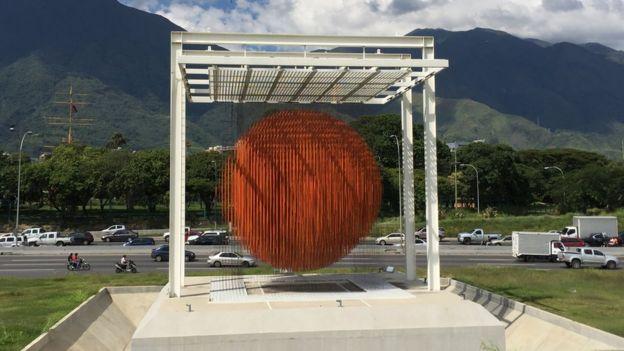 La Esfera de Jesús Soto
