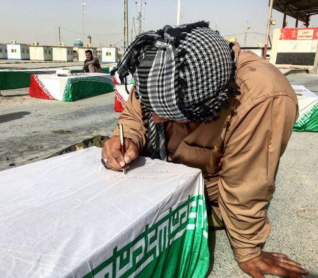 ۷۶ تابوت در مرز شلمچه تحویل ایران داده شد