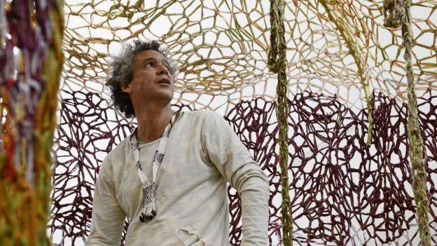 b892787afca Por que a arte brasileira faz tanto sucesso na Suíça - BBC News Brasil